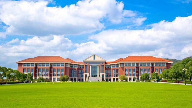 北京传媒大学雨水收集系统案例